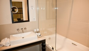 Modern fürdőkád paraván