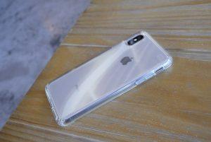 Átlátszó iPhone tok szilikonból